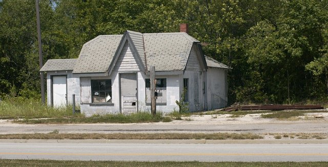 Frustrated with the declining condition of the closed gas station at 83rd Street and Kill Creek Road, the De Soto City Council agreed last Thursday to purchase the building.