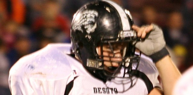De Soto  senior Mike Sprowl has been chosen to play in the Shrine Bowl.