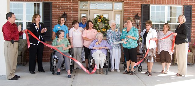 Vintage Park employees along with the Tonganoxie Chamber of Commerce and the Leavenworth County Development Corporation were present for the ribbon cutting ceremony for the new assisted living facility.