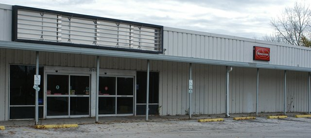The closed store on Lexington Avenue was one of three sites considered for a new grocery in a market and feasibility study completed for the city of De Soto. The study says a small or mid-sized grocery store could succeed with the right management if it was responsive to community needs and identified closely with the community.