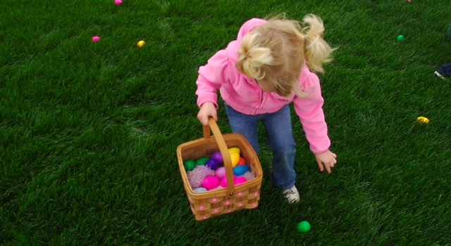 Easter is coming up, and with it, egg hunts and egg dying. Lori Wuellner, family consumer science agent at the Wyandotte County K-State Research and Extension Office, offers safety tips when it comes to preparing Easter eggs.