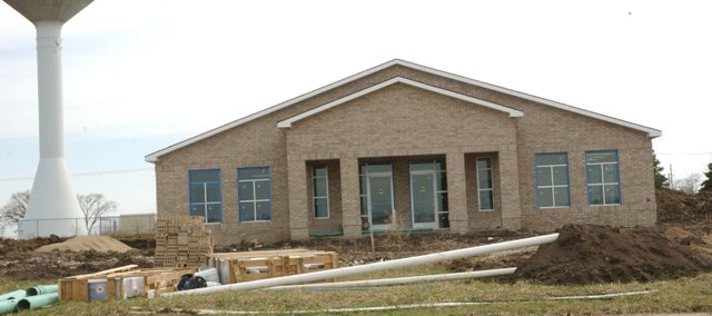 The new Tonganoxie Post Office is complete and is expected to open in late April or early May.