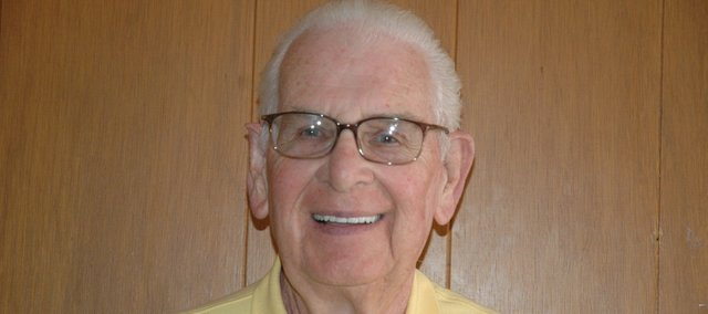 Darrell Donahue will received the Bronze Star for his service in World War II.