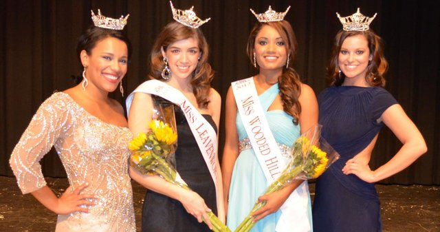 2011 Miss Leavenworth County Brooke Taylor (left) and 2011 Miss Wooded Hills and current Miss Kansas Carissa Kelley (right) pass their local titles to 2012 Miss Leavenworth County Lindsey Spink and 2012 Miss Wooded Hills Sloane Lewis.