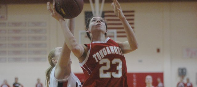 Junior Jenny Whitledge scored 17 points and grabbed 10 rebounds in the Chieftains' win at Lansing.