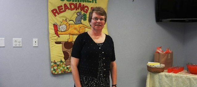 The Linwood Community Library had a reception May 20, 2012, for Sue Peavy, who retired as its director May 19.