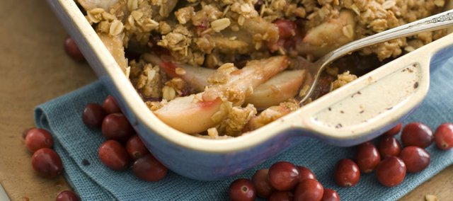 Cardamom Cranberry Pear Crisp