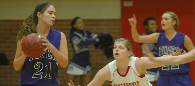 Katelyn Waldeier had her first career double-double in Tonganoxie's 41-37 against Piper.