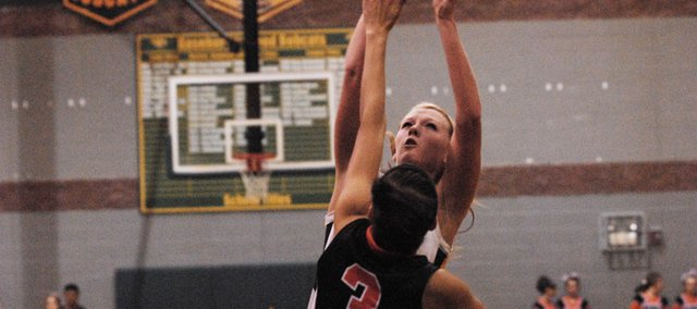 Victoria Smith led the Bobcats with 19 points in a 54-29 victory at Turner on Tuesday.