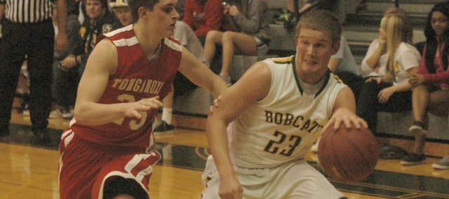 Chase Younger had a game-high 19 points in Basehor-Linwood's 47-33 victory against Tonganoxie.