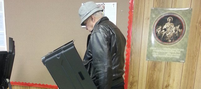 Don Broksieck casts his vote in the Basehor mayoral primary Tuesday morning.
