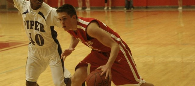 Tyler Ford scored 10 points in the Tonganoxie High boys' sub-state semifinal loss to Piper on Thursday.