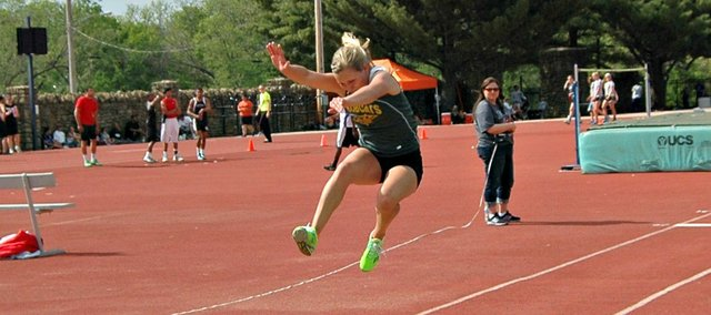 Allison Heinen qualified for the Class 4A state track and field meet in the girls triple jump with a third-place finish at Friday's regional meet in Baldwin.