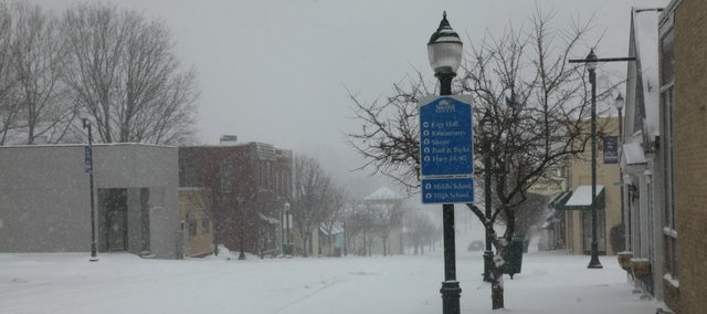 A glimpse of downtown Tonganoxie midday Tuesday, Feb. 4, 2014. Weather experts say that between 6 and 10 inches of snow could fall in the area.