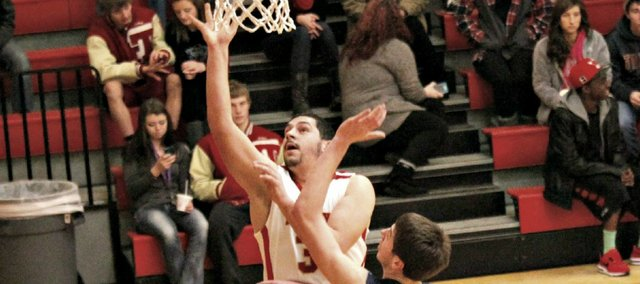 James Grizzle dropped a career-high 31 points in Tonganoxie's 72-59 win Friday against Mill Valley.