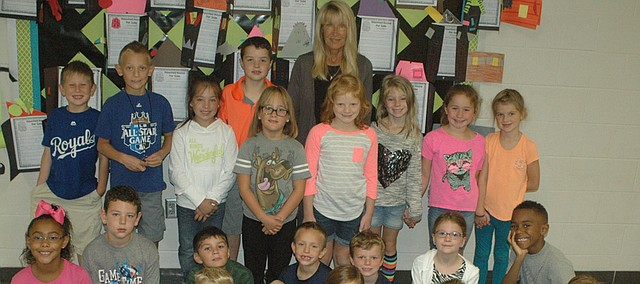Teacher Barb Forbes with her second grade class at Glenwood Ridge Elementary School.