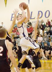 Shawn Dailey goes up for a layup on Tuesday.