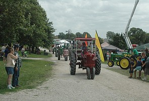 Tractor Daze 2015
