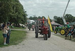 Tractor Daze 2015