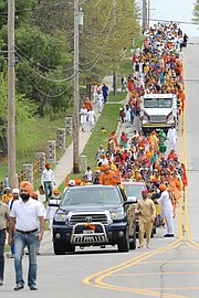 The parade started at the Midwest Sikh Gurudwara, near 67th Street and Pflumm Road and wrapped around Shawnee Mission Northwest High School and surrounding neighborhoods.