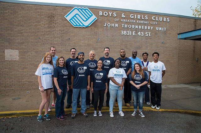 Around 25 Allstate agency owners and financial specialists from the Kansas City area spent hours volunteering for the Boys & Girls Clubs of Greater Kansas City.